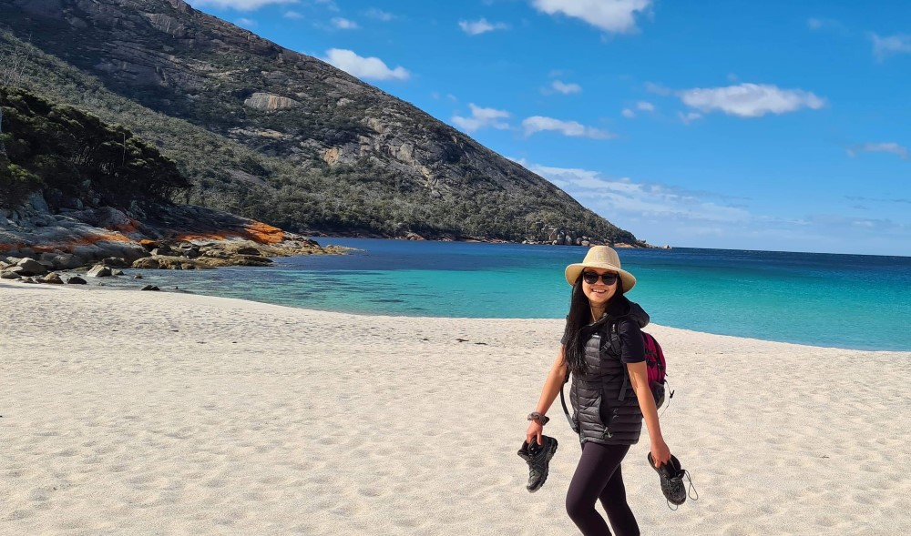 Why you should go to Tas in 2021 | Wineglass Bay Tasmania | Affinity Nurse Photo | Travel Nursing